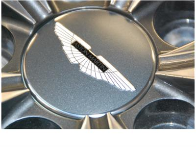 V8 Vantage Wheel Centre Badge (Anthracite-Black Inlay)